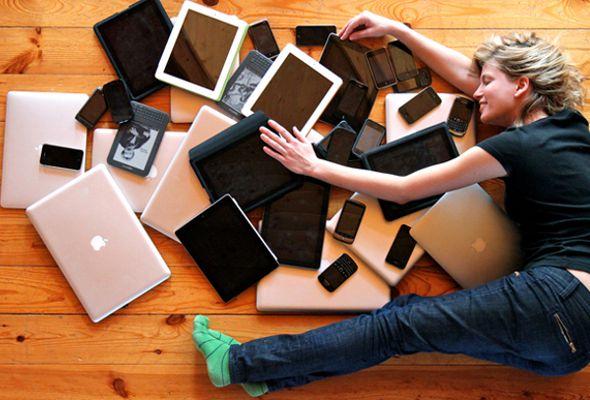 TICCs Adolescència.jpg