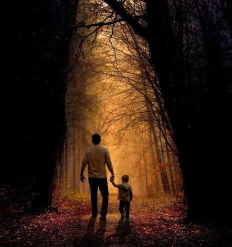 Padre hijo bosque.jpg